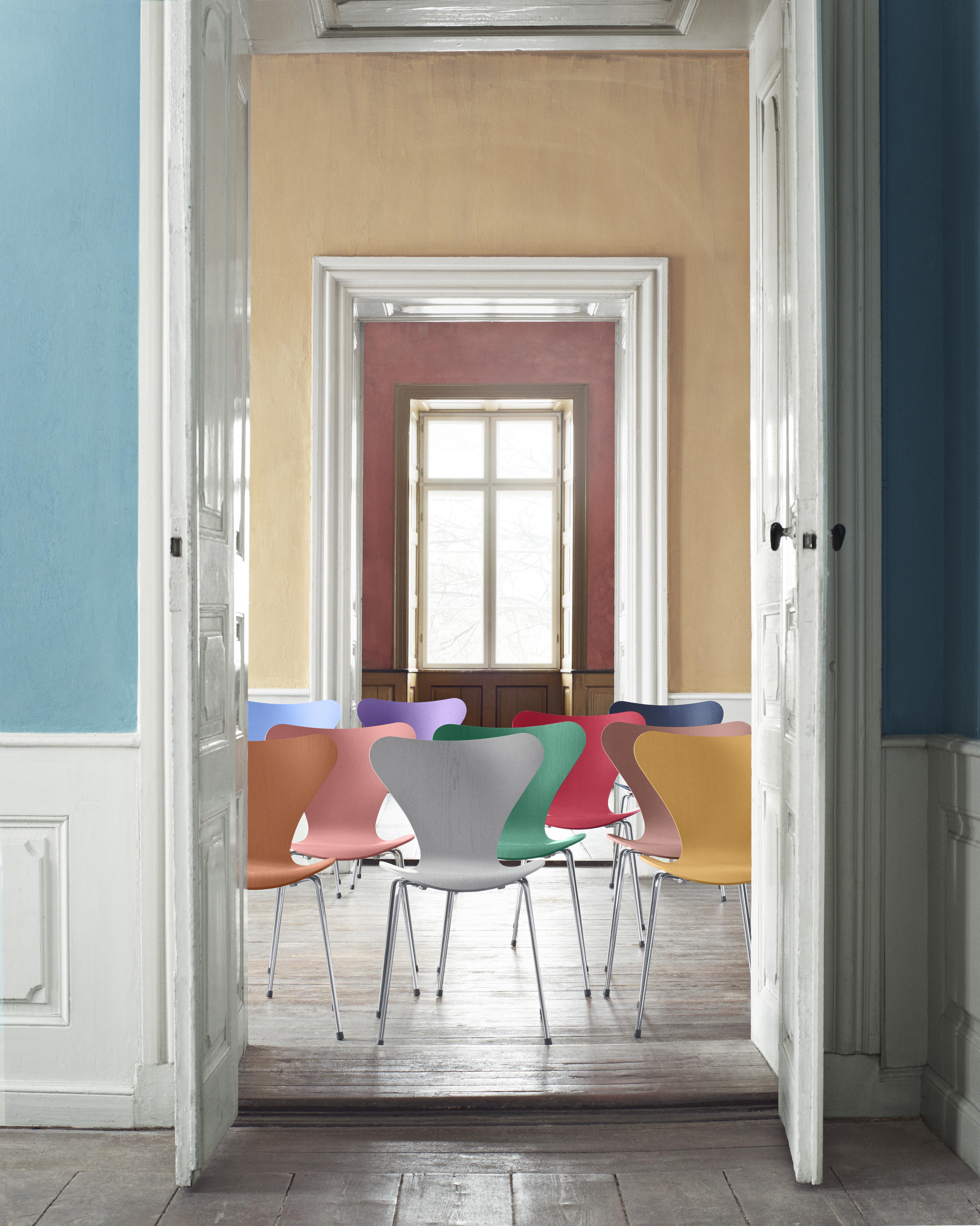 series 7 3107 von fritz hansen stylepark. Black Bedroom Furniture Sets. Home Design Ideas