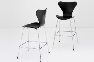 SERIES 7™ - 3187 3197  by  Fritz Hansen