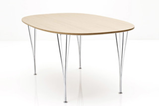 TABLE SERIES B611  by  Fritz Hansen