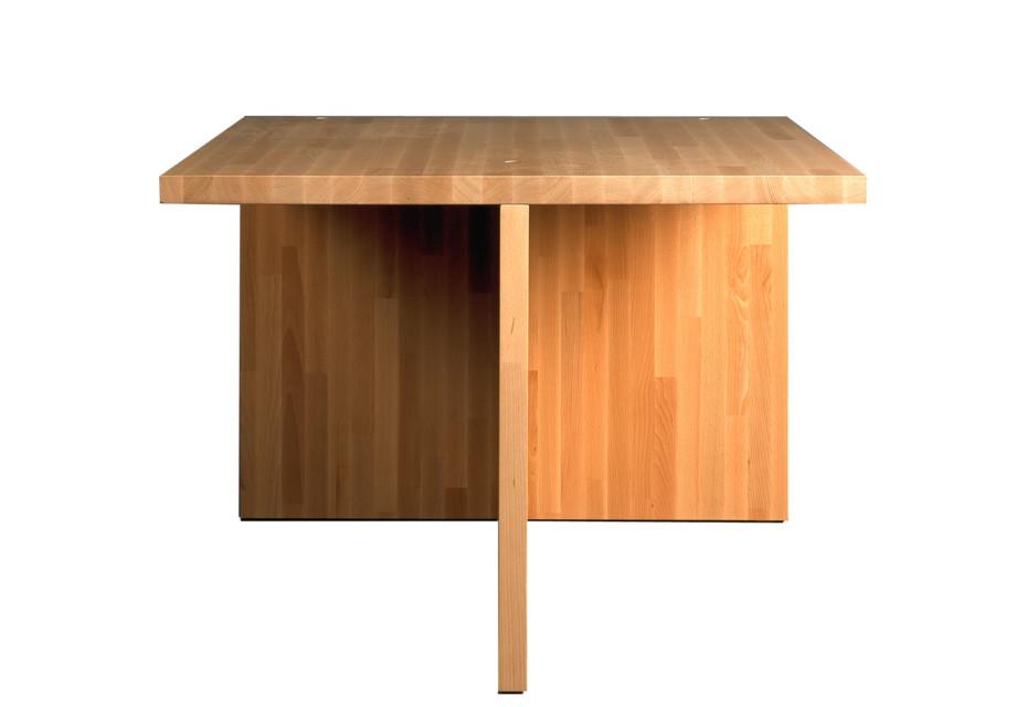 Tisch asymmetrisch