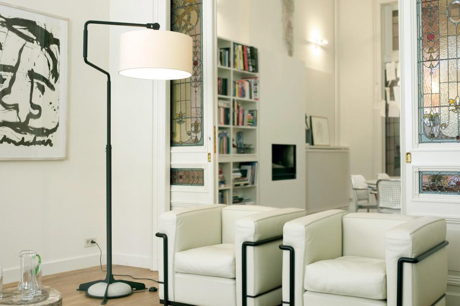 White Swivel Light Floor