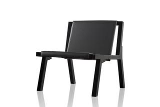 Low chair  von  GAEAforms