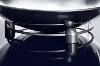 Wok ring and wok pan  by  Gaggenau