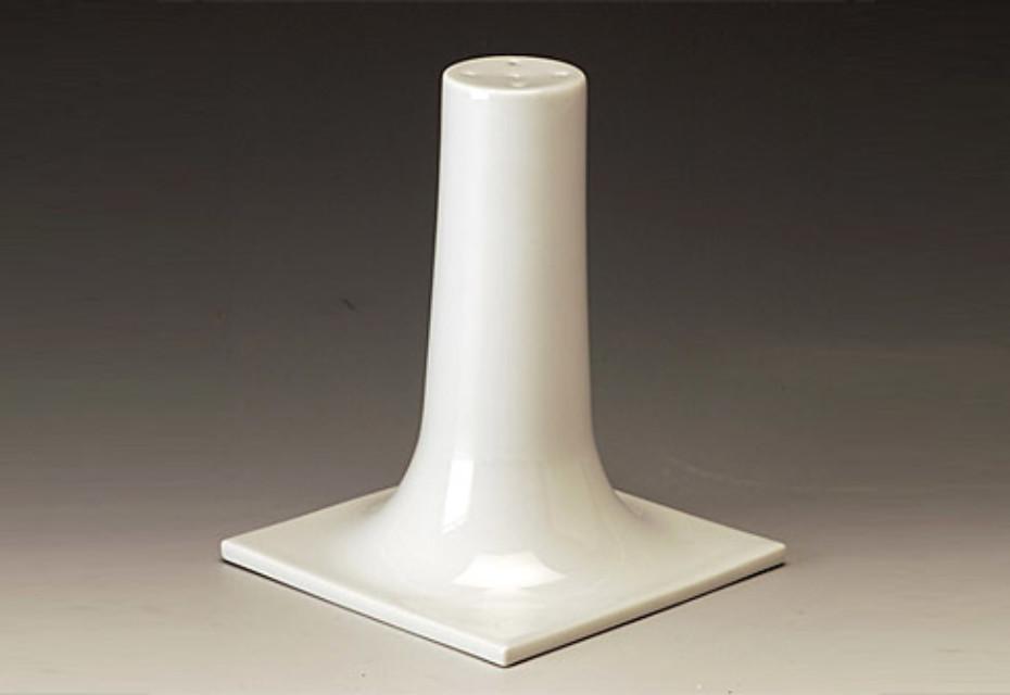Morphescape salt shaker