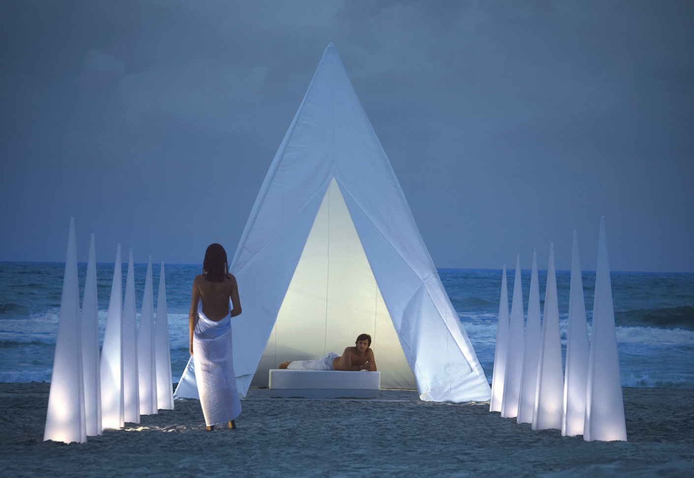 Tipi by gandia blasco stylepark - Iluminacion de terrazas ...