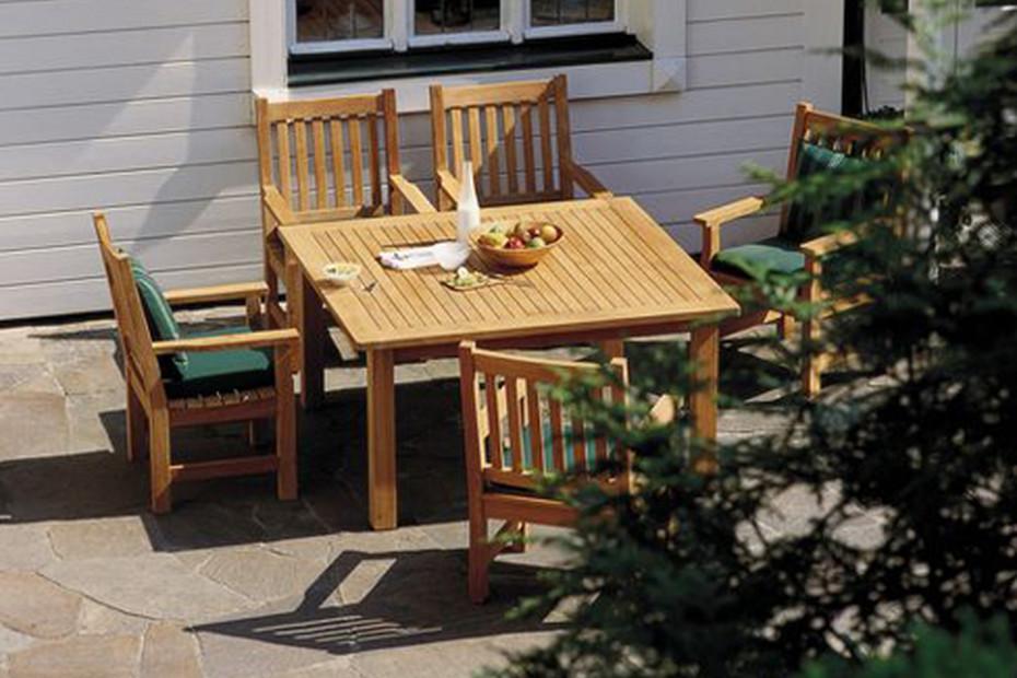 Cornwall teak table