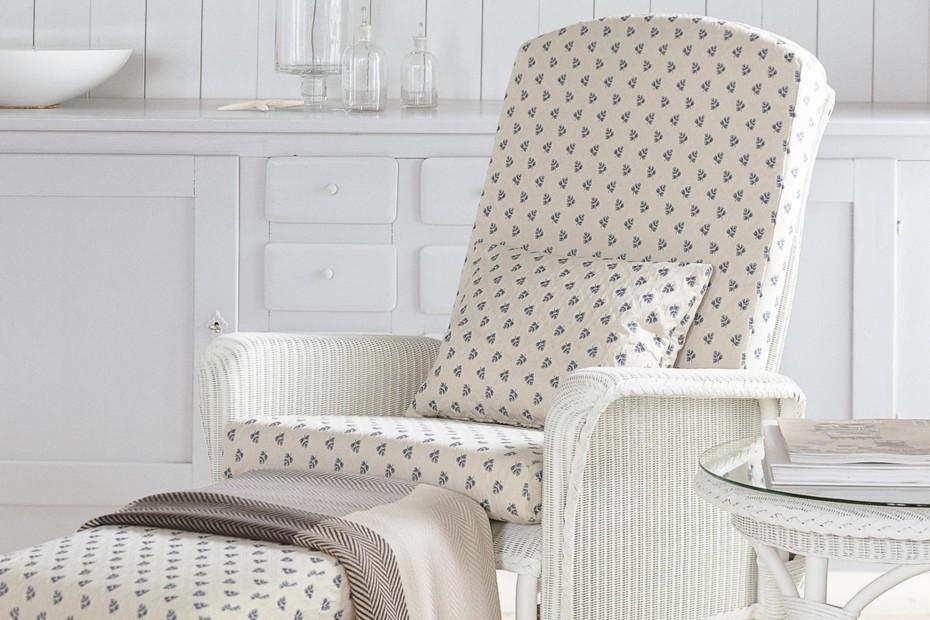 Loom Grand Chair