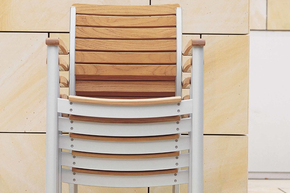 Monterey chair with armrests