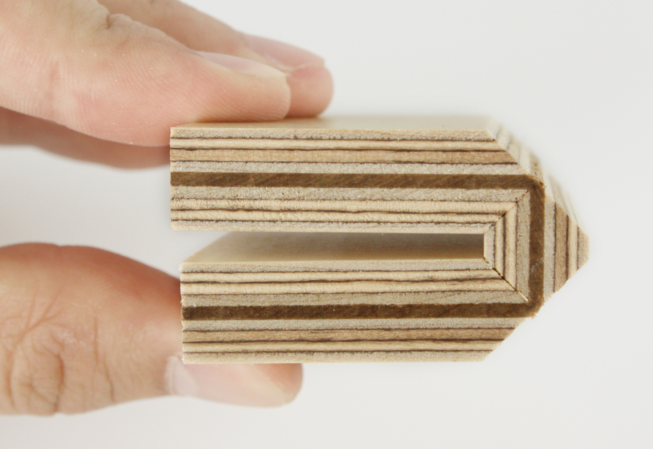 Fold Technic │ Multiplex Supporting Structure │ Leather