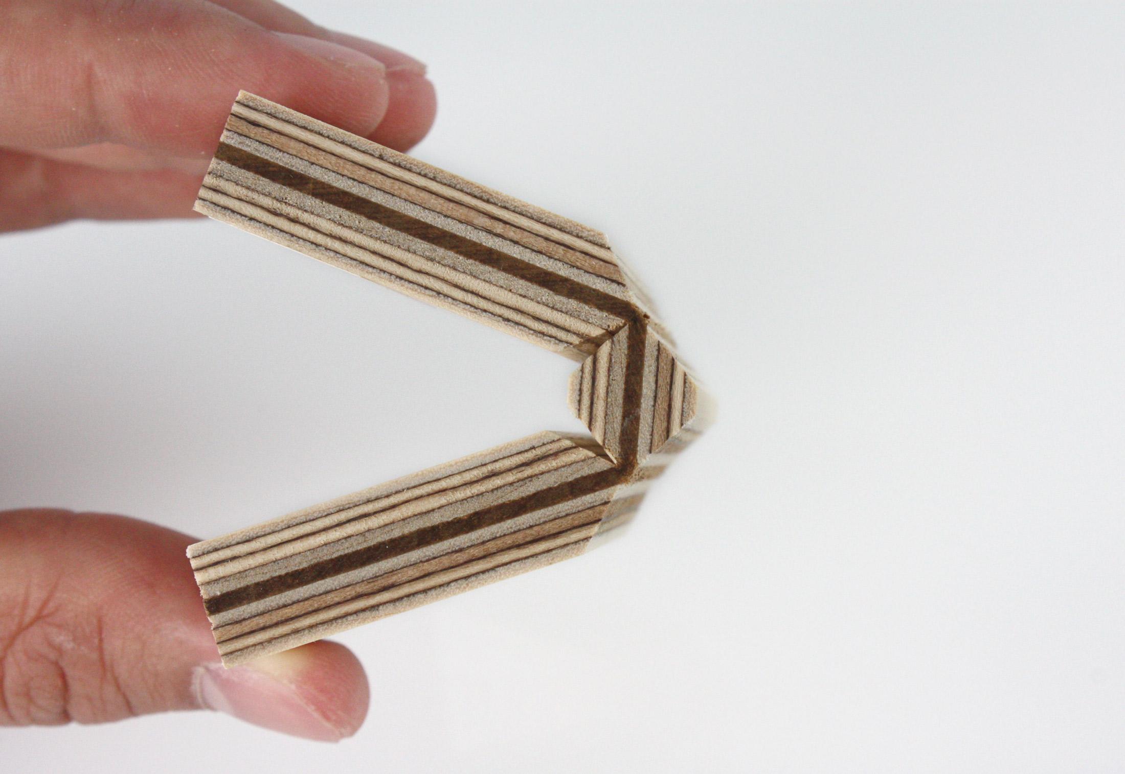 fold technic  u2502 multiplex supporting structure  u2502 leather