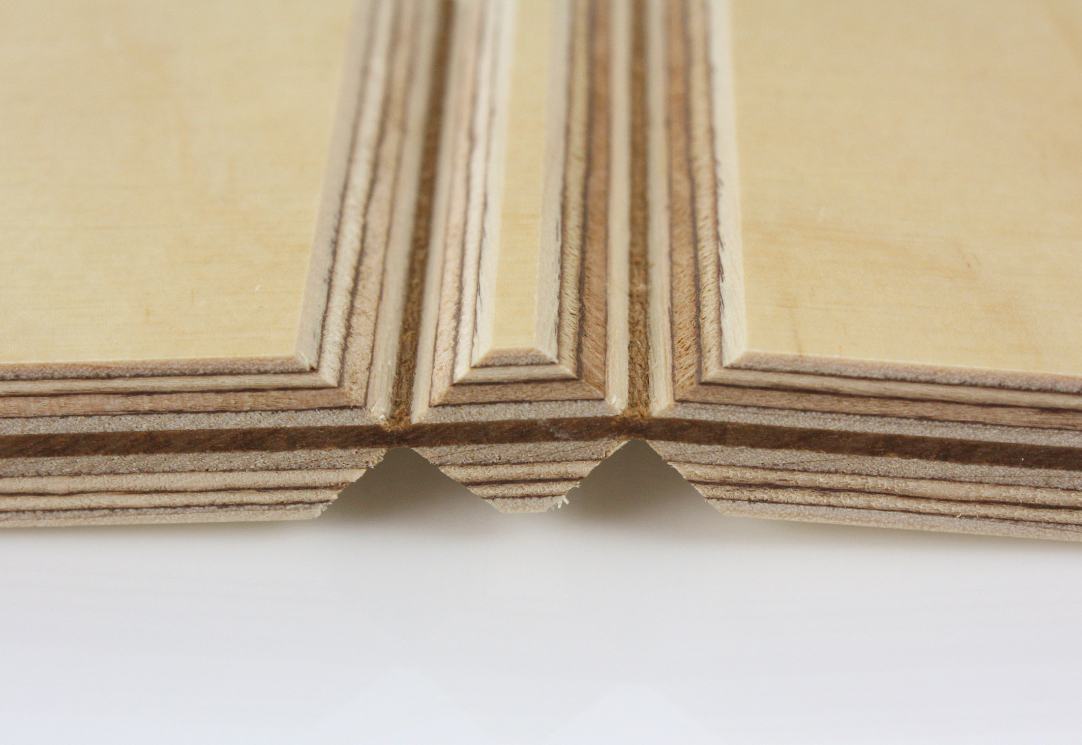 Fold technic │ Multiplex supporting structure │ leather ... Multiplex