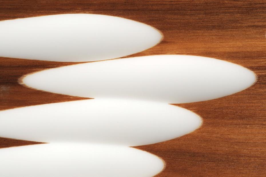 Wave panel │ solid surface veneered with teak