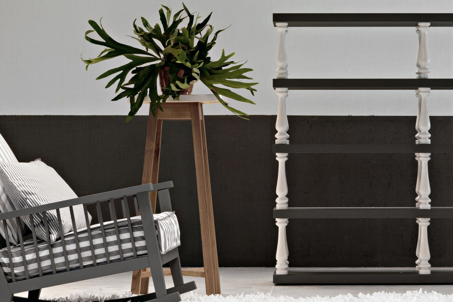 Gray 47 flower stand