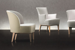 Moon  by  Giorgetti