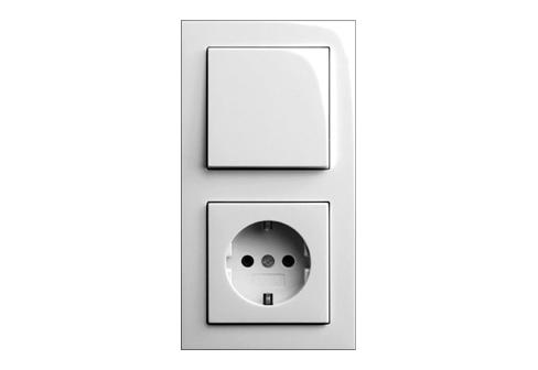 e2 switch socket by gira stylepark. Black Bedroom Furniture Sets. Home Design Ideas