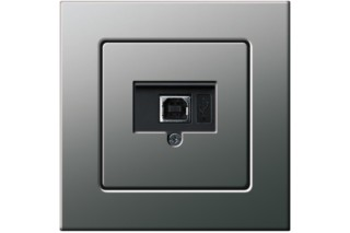 E22 USB Anschlussdose  von  Gira