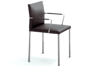 Misura chair with armrests  by  Girsberger