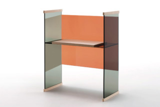 Diapositive working desk low  by  GLAS ITALIA