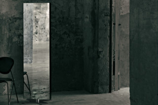 Giano standing mirror  by  GLAS ITALIA
