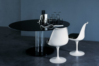Hub dining table  by  GLAS ITALIA