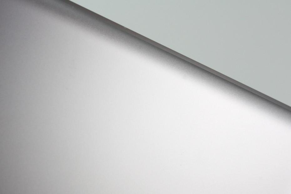 SWISSSATIN® Pastellviolett metallic