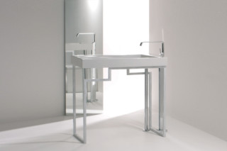 Oz washbasin freestanding  by  GSG Ceramic Design