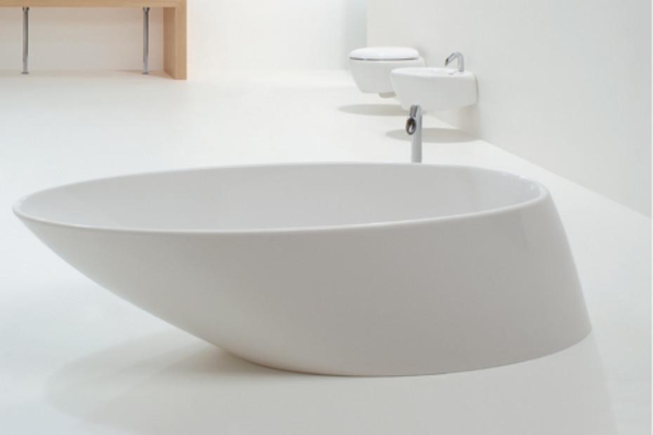 Touch bathtub