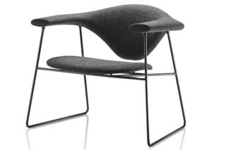 Masculo Lounge Chair  von  Gubi