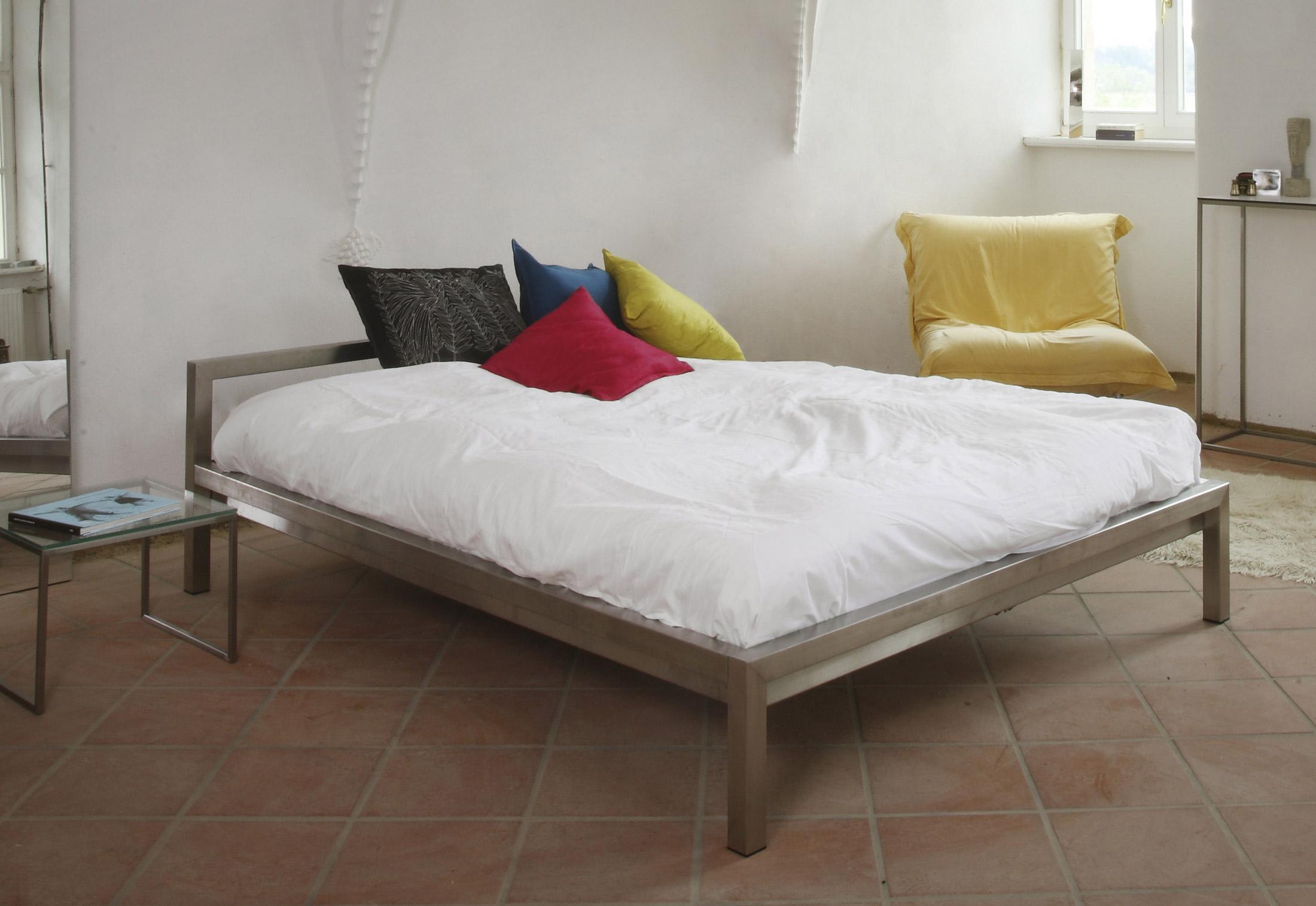 h 666 667 668 669 pure by hans hansen stylepark. Black Bedroom Furniture Sets. Home Design Ideas