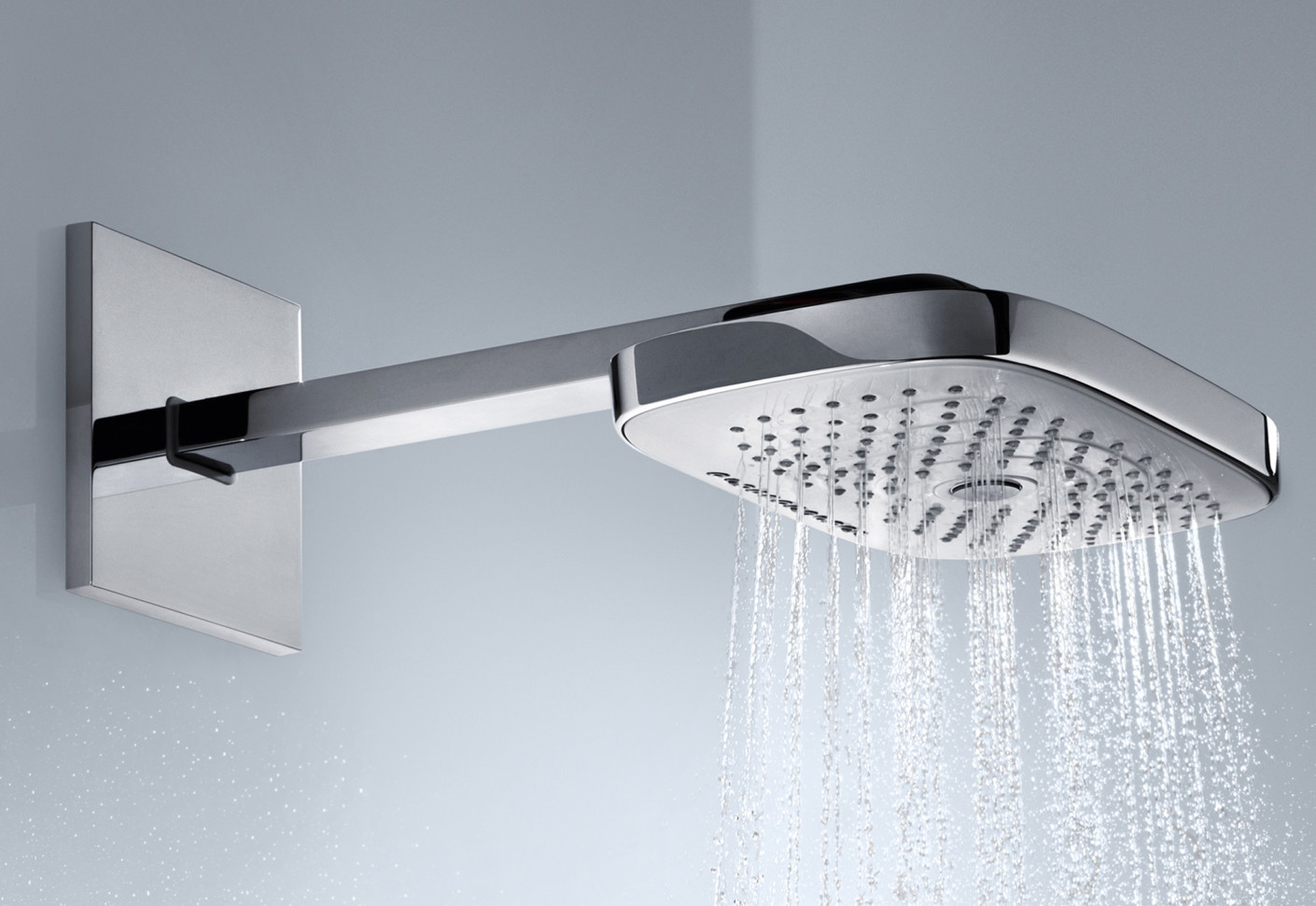 raindance select overhead showers e300 3jet wall by hansgrohe stylepark. Black Bedroom Furniture Sets. Home Design Ideas