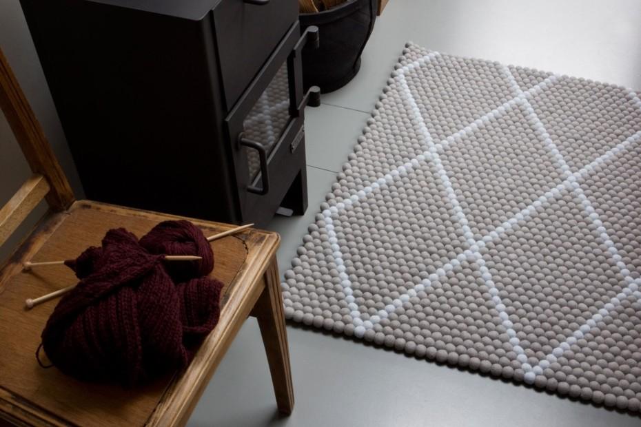 Dot Carpet
