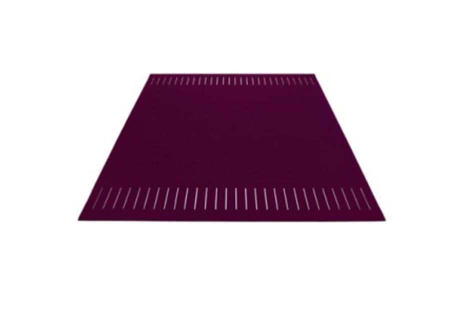 Teppich zweimal quer geschlitzt