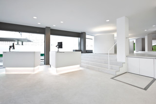 Solid, Alpine White, Raiffeisenbank, Chur  by  HI-MACS®