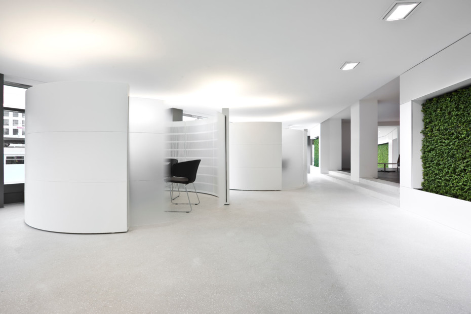 Solid Alpine White, Raiffeisenbank, Chur