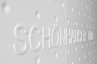 Solid Alpine White, Schönhauser Tor  von  HI-MACS®