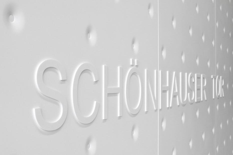 Solid Alpine White, Schönhauser Tor