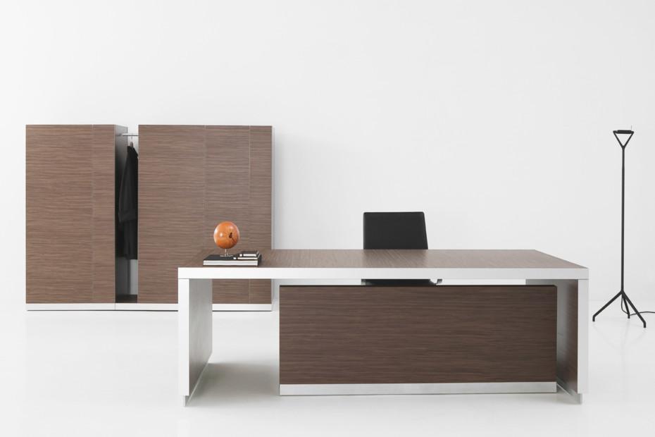 Exe desk