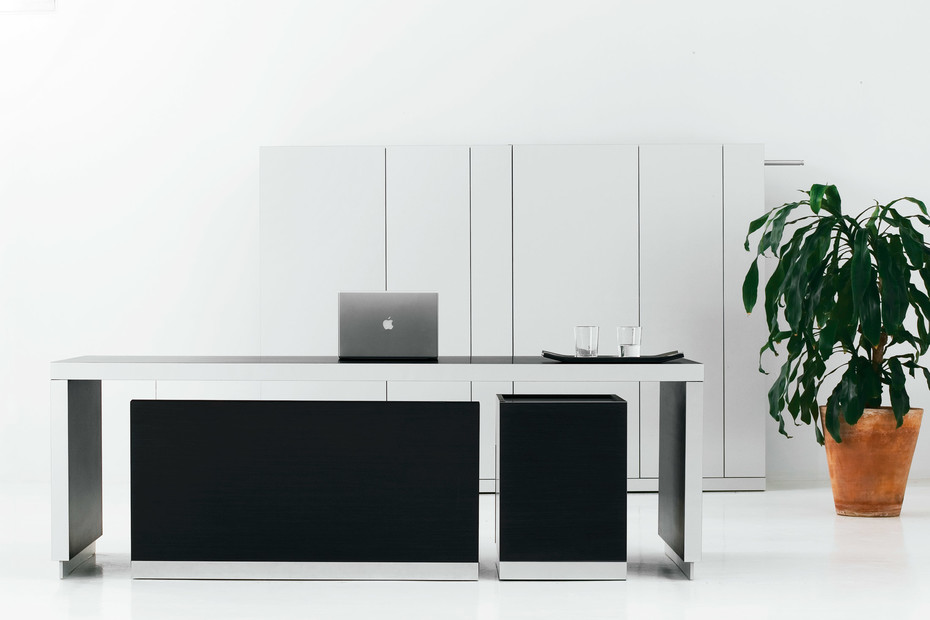 Exe Schreibtisch