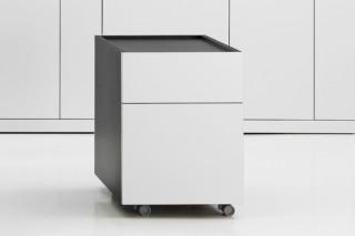 Exe pedestal  by  Hodema