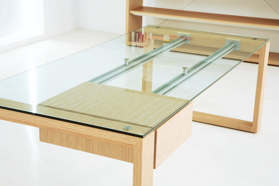 Next glass desk