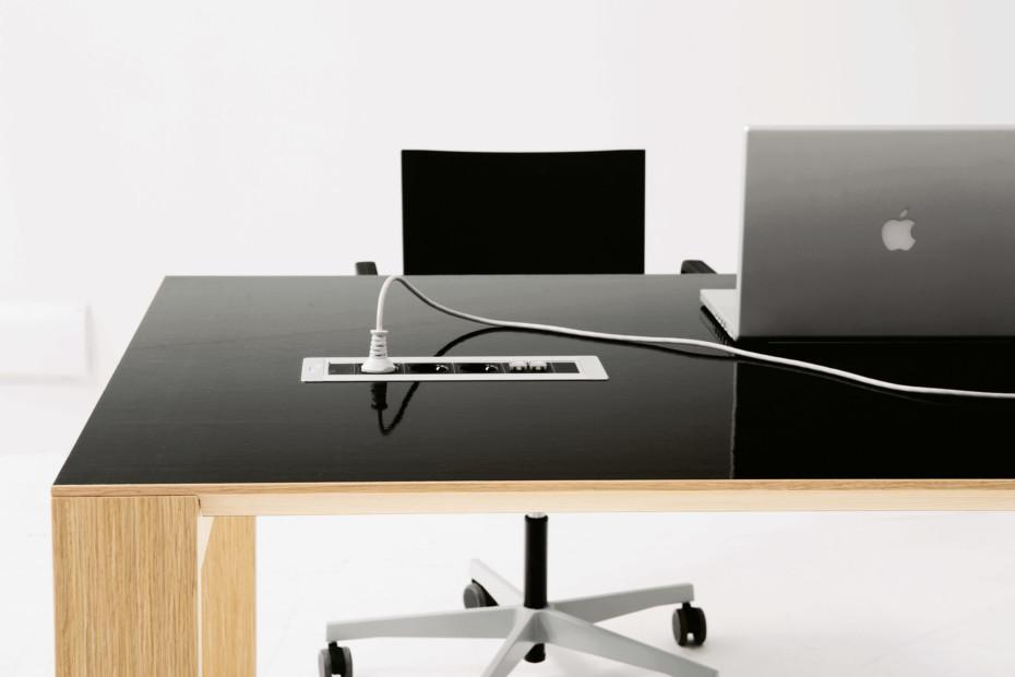 Nexta Schreibtisch