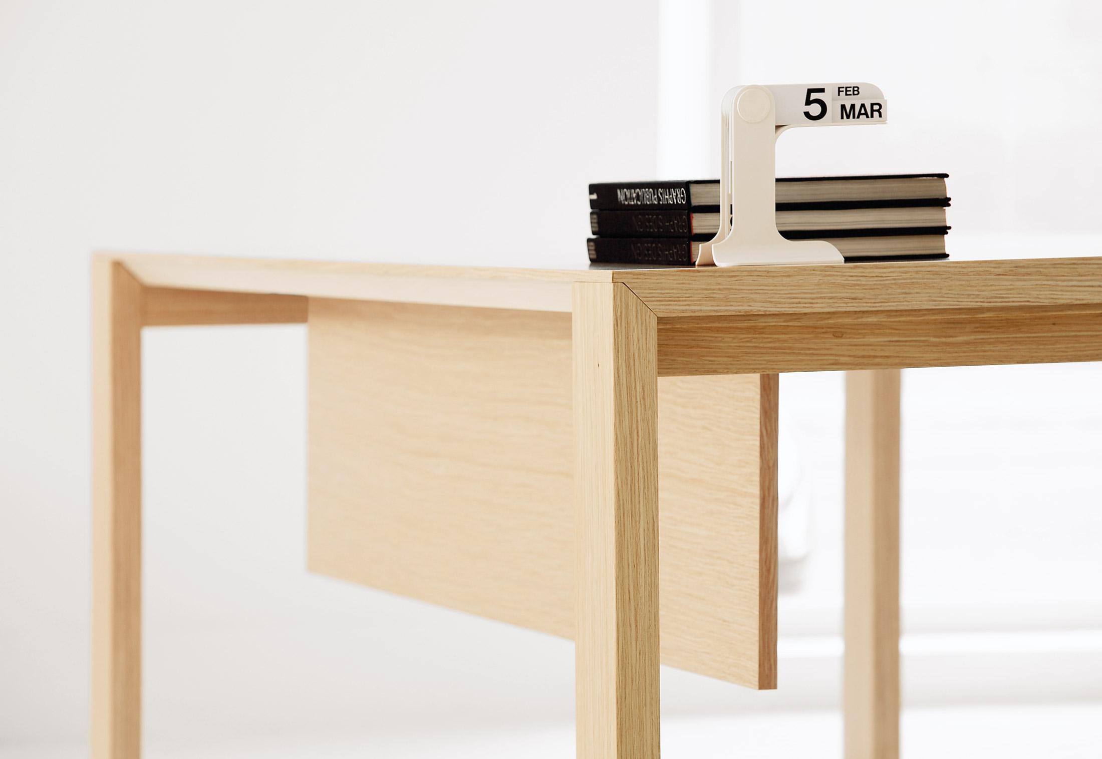 nexta schreibtisch von hodema stylepark. Black Bedroom Furniture Sets. Home Design Ideas