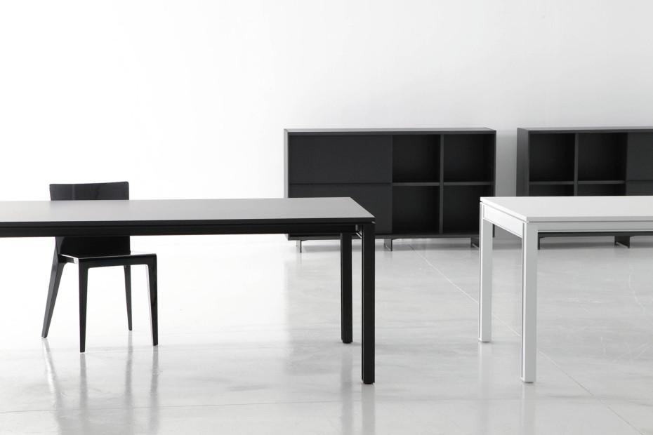 Plana+ desk