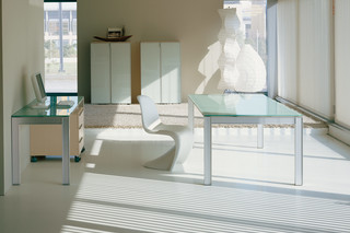 Plana glass table  by  Hodema