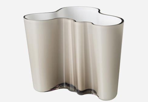 alvar aalto vase large by iittala stylepark. Black Bedroom Furniture Sets. Home Design Ideas