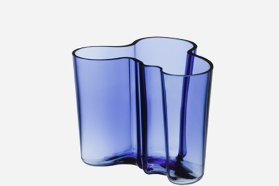 alvar aalto vase medium by iittala stylepark. Black Bedroom Furniture Sets. Home Design Ideas