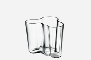 Alvar Aalto vase small  by  Iittala