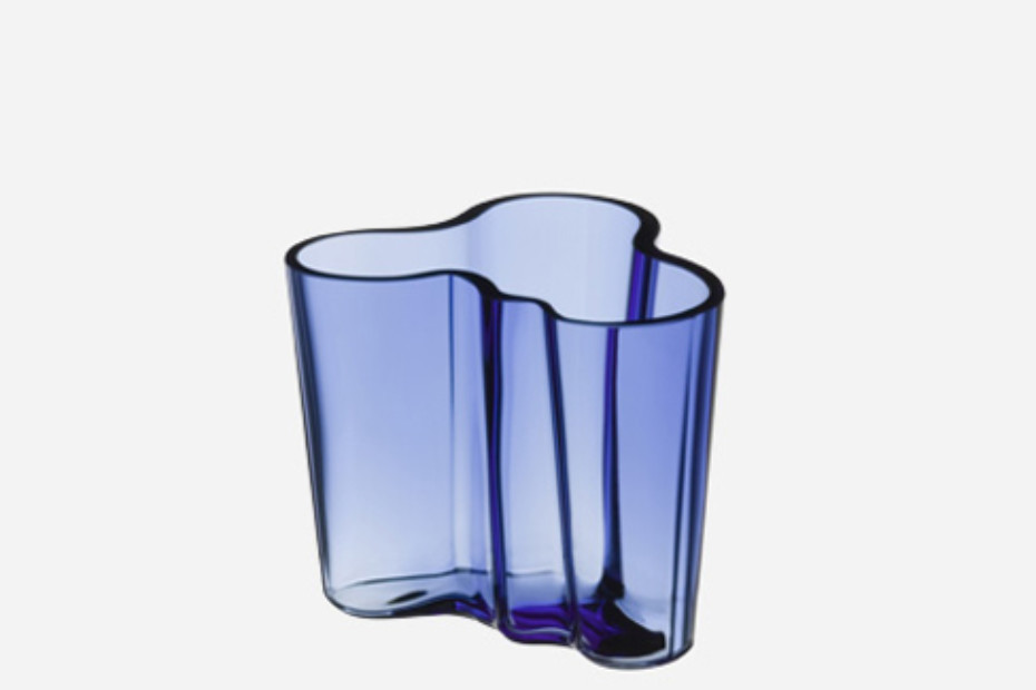 alvar aalto vase small by iittala stylepark. Black Bedroom Furniture Sets. Home Design Ideas