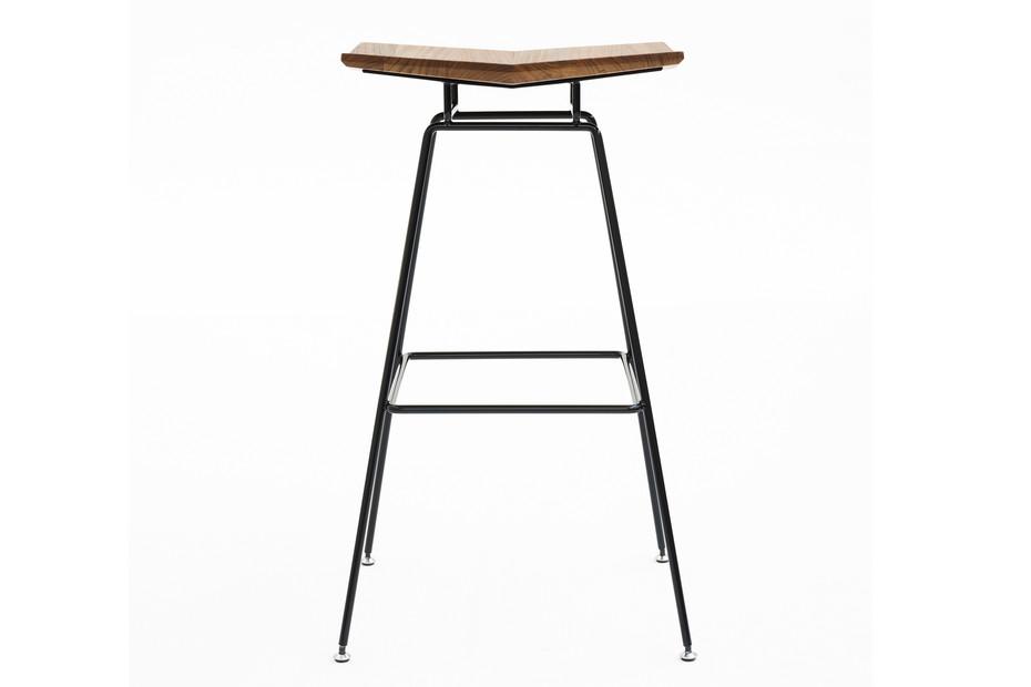 Dua bar stool