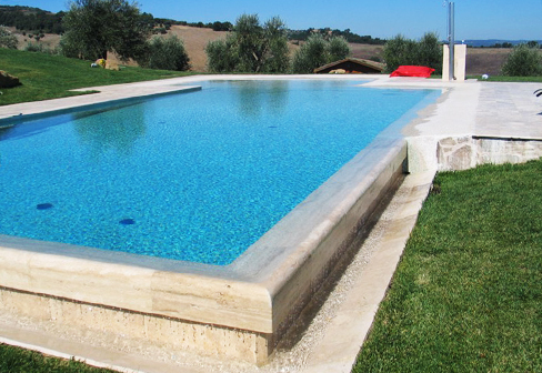 Beach Overflow Swimming Pool Covered With Natural Stone By